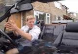 Блогер перетворив стару BMW в джакузі