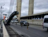 На Південному мостовому переході та Московському мосту 7 листопада обмежать проїзд
