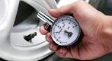Почему летом особенно важно следить за давлением в шинах