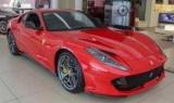 Журналісти розбили на тест-драйві розкішний Ferrari 812 Superfast